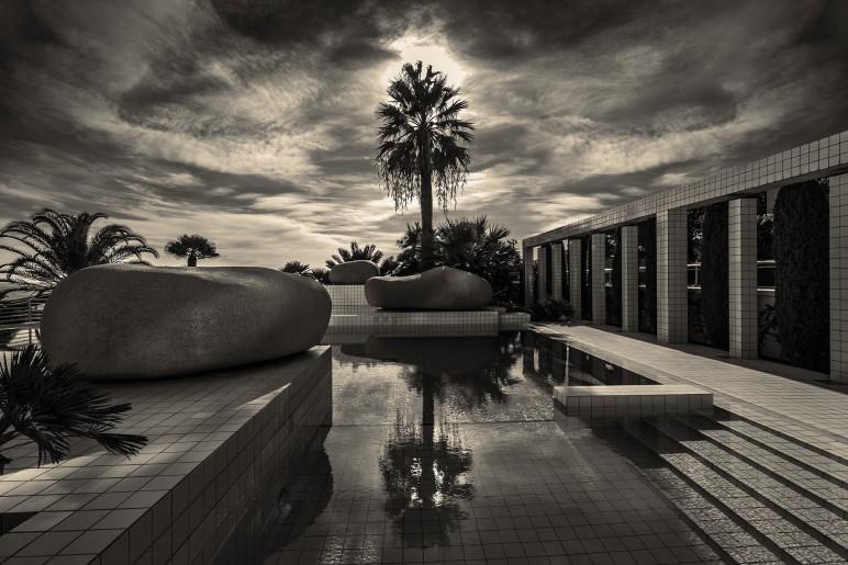 Pool, Monaco
